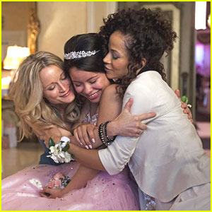 Cierra Ramirez: Quinceanera Time on 'The Fosters'!