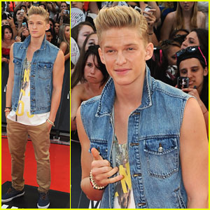 Cody Simpson: MuchMusic Video Awards 2013