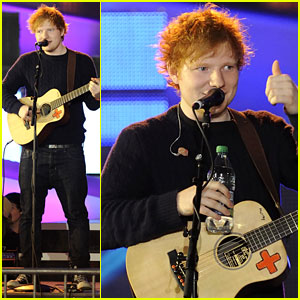 Ed Sheeran Rehearses for the MuchMusic Video Awards!