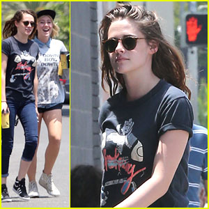 Kristen Stewart: Haircut & Coffee with Friends
