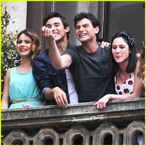 Martina Stoessel & Violetta Cast: Milan Meet & Greet!