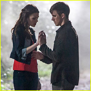 Matt Lanter & Aimee Teegarden: 'Star-Crossed' Series Preview - Watch Now!
