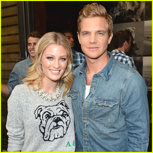 Ashley Hinshaw & Taylor Handley: Abercrombie & Fitch's Stars On The Rise 2013 Party Pair