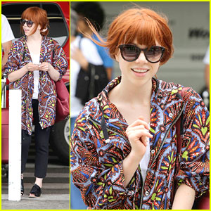 Carly Rae Jepsen: LAX Arrival After Canada Day Performance