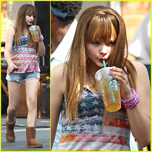 Chloe Moretz Grabs Cool Drink on 'The Equalizer' Set