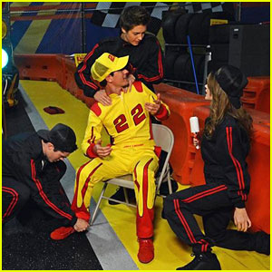 Billy Unger: Joey Logano Guests on 'Lab Rats' Tonight!