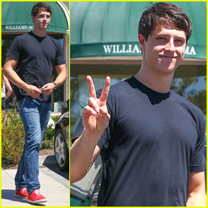 Shane Harper: Fan Friendly in Calabasas!
