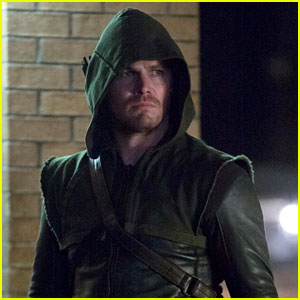 The CW Plans 'Flash' Spin-off of 'Arrow'