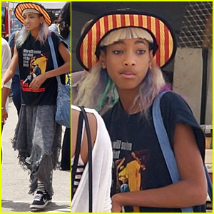 Willow Smith: Flea Market Shopper