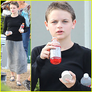 Joey King: Super Short Hair for 'Wish I Was Here'