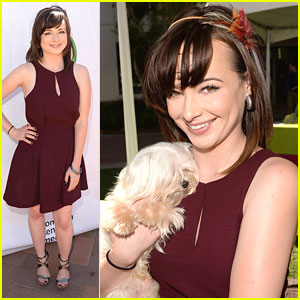 Ashley Rickards: Game On!