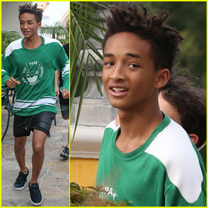Jaden Smith Sprints to Sugarfish!