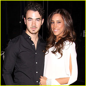 Kevin & Danielle Jonas: 'Cinderella' Birthday Celebration