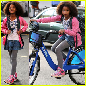 Quvenzhane Wallis Steals Bike For 'Annie' Filming