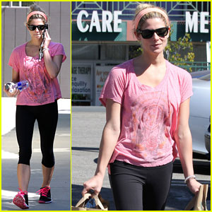 Ashley Greene Grabs Groceries After Hitting the Gym