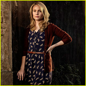 'The Originals' Interview: Leah Pipes on Cami & Klaus' 'Messed-Up Friendship'