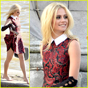 Pixie Lott: Music Video Shoot in Paris!