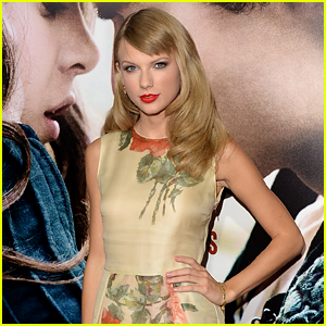 Taylor Swift Named Artist of the Year by Nashville Songwriters!
