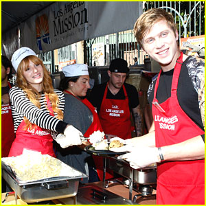 Bella Thorne & Tristan Klier: LA Mission Thanksgiving Lunch Event