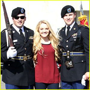 Danielle Bradbery: National Anthem Singer at Formula 1 Championships