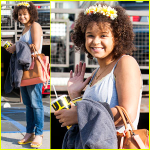Rachel Crow: Smiles on Melrose!