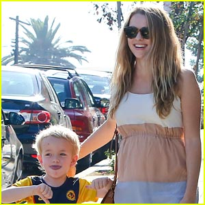 Teresa Palmer: Baby Bump Beautiful with Isaac Webber