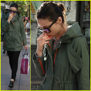 Crystal Reed: Mid-Week Shopping Trip!