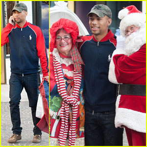 Kendrick Sampson: Santa Claus Photo Op!