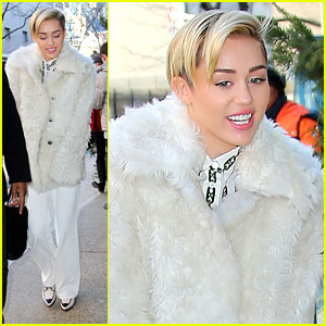 Miley Cyrus To Perform at New Year's Rockin' Eve with Ryan Seacrest 2014