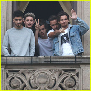 One Direction: 'Milan Is Nuts Today!'