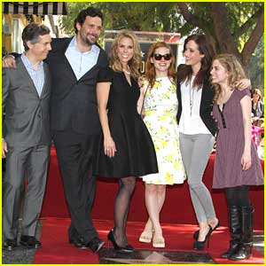 Jane Levy & Carly Chaikin: Cheryl Hines' Walk of Fame Star Ceremony!