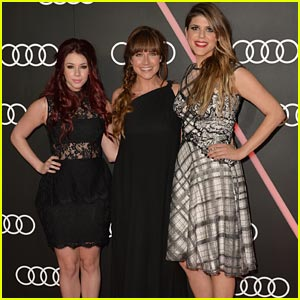 Jillian Rose Reed & Molly Tarlov: Golden Globe Kick-Off Party