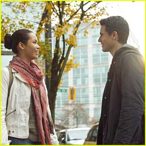 Robbie Amell: New 'Tomorrow People' Tonight!