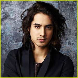 'Twisted' Interview: Avan Jogia on Danny's 'Explosive' Response to Vikram's Return