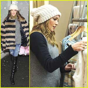Katie Cassidy Shops Calypso in Snowy NYC