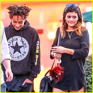 Kylie Jenner & Jaden Smith Grab Sushi on Sunday