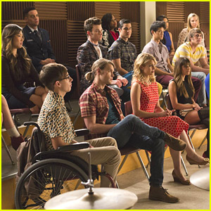Amber Riley, Chris Colfer & More: 'Glee 100' Sneak Peek Clip & Pics!