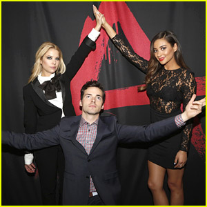 Ian Harding & Brant Daugherty: 'Pretty Little Liars' Live Chat Season Finale Event