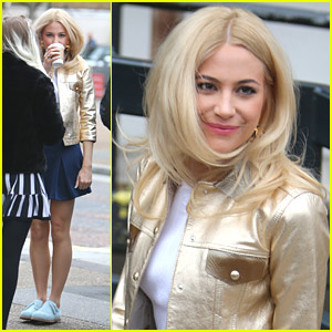 Pixie Lott: Golden Jacket for 'Daybreak' Appearance