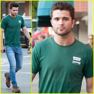 Spencer Boldman Chats With Fans Outside L.A. Bakery