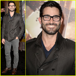 Tyler Hoechlin Rocks Dark-Rimmed Glasses for '300: Rise Of An Empire' Premiere