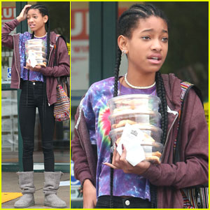 Willow Smith Carries a Tower of Cookies!