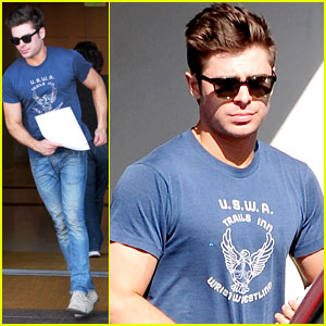 Zac Efron Talks Filming Shirtless Scenes for 'Neighbors'