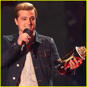 Josh Hutcherson WINS Best Male Performance at MTV Movie Awards 2014