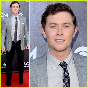 Scotty McCreery Suits Up for ACM Awards 2014!