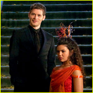 Klaus Gives Davina a Special Gift on Tonight's All-New Episode of 'The Originals'