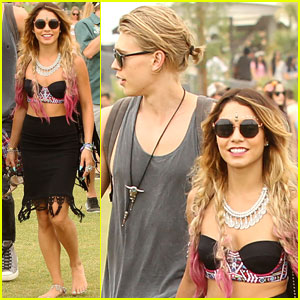 Vanessa Hudgens & Austin Butler Head Back to