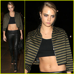 Cara Delevingne is Not Afraid to Show Off Her Amazing Abs