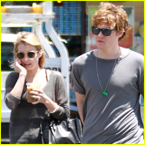 Evan Peters Says First Kiss with Emma Roberts was 'Really Awkward' (Video)