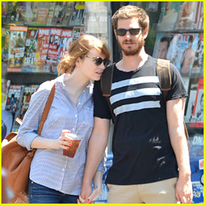Emma Stone Leans on Andrew Garfield's Shoulder During NYC Stroll